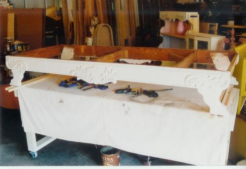 https://freddyandpetunia.wordpress.com/2010/11/04/pt-2-the-ex-fainting-sofa/