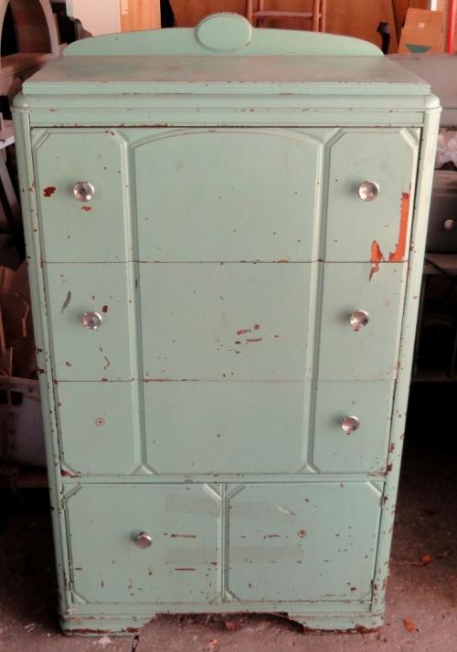 Joe's dresser~