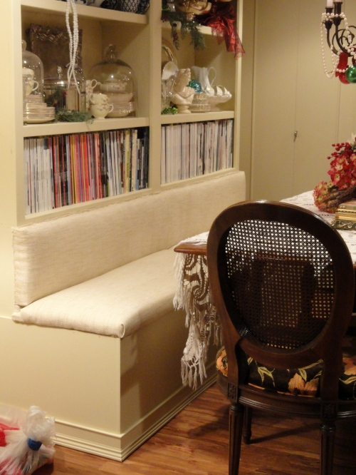 the built-in banquette