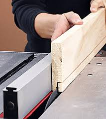 cutting a rabbet on the table saw