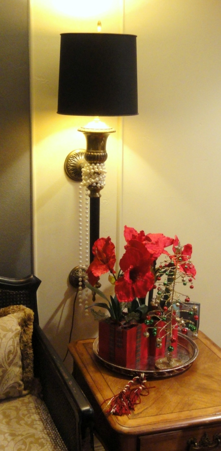 more Christmas decor--