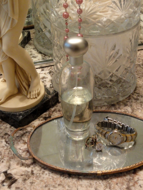 the little glass perfume tray gets a makeover-