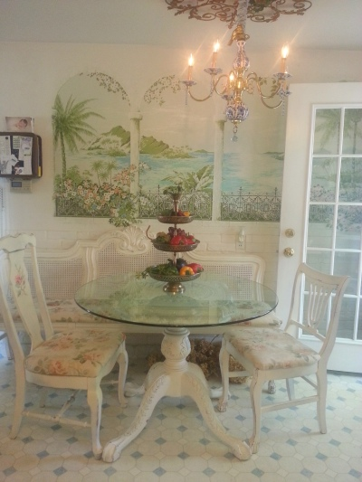 mom's breakfast area-
