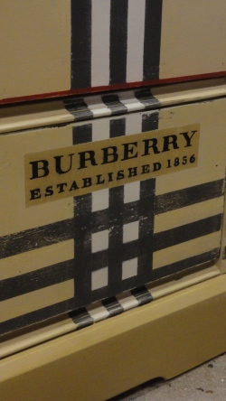 painting a Burberry dresser