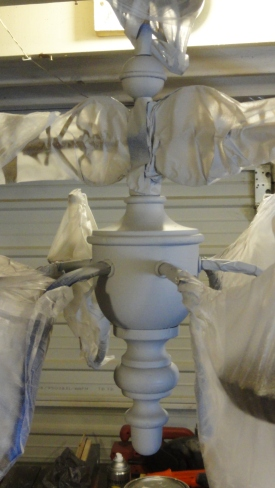 painting the chandelier gray-