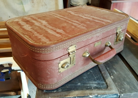 kiddo-sized suitcase project!