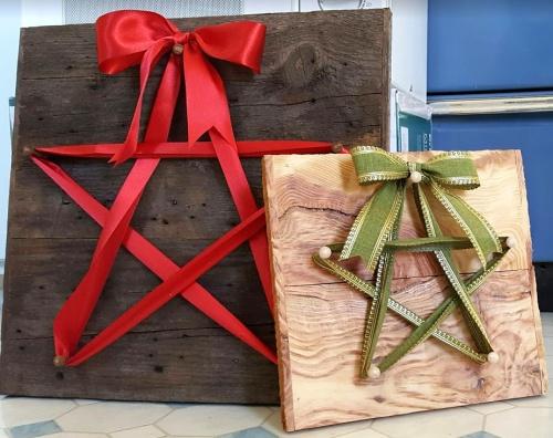 ~in lieu of a standard wreath!