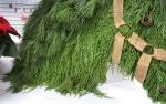 details: an AMAZING alternative Christmas wreath!