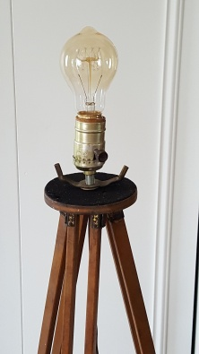the TRIPOD lamp!