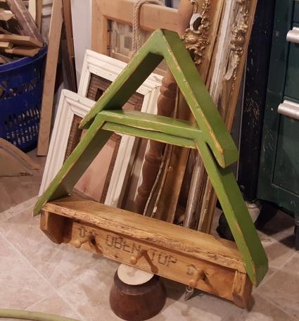 MY version of the DIY Workshop Home Depot challenge~ CHRISTMAS TREE SHELF!