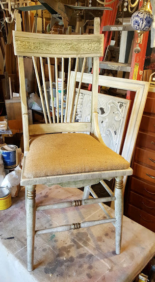 The UNsold chair from the  Nellie's Barn sale~