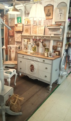 the SHOP HOP dresser