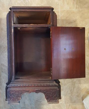REinventing the Art Deco nightstand
