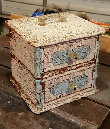 handkerchief drawers~NOW A 2 DRAWER CADDY!