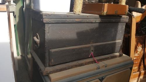 the trunk that didn't sell--??